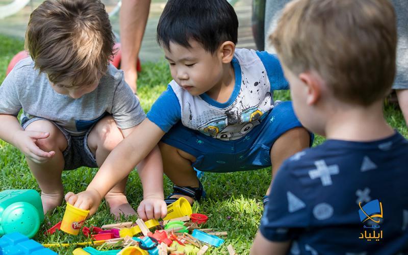 دوستیابی یکی از مهمترین موضوعات در فرآیند اجتماعی است که به ویژه در دوران دبستان از اهمیت بسیاری برخوردار است.