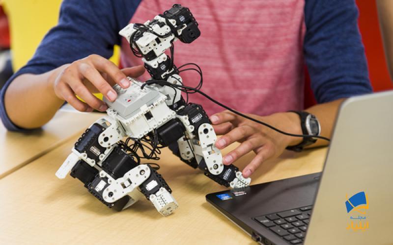 علم رباتیک علمی میان رشتهای است که طیف وسیعی از علوم را در برمیگیرد.