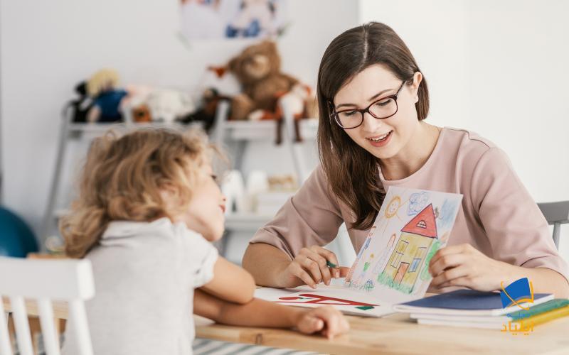اگر شما تجربه کار حرفهای مناسبی داشته باشید میتوانید به راحتی از طریق کار پاره وقت از پس هزینههای تحصیل و زندگی برآیید