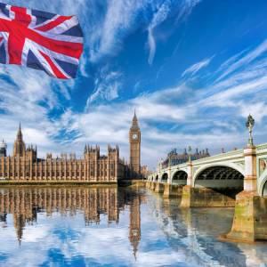 دانشگاههای بدون اپلیکیشن فی در انگلستان