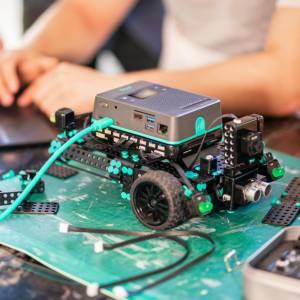برترین دانشگاههای دنیا برای تحصیل در رشتهی رباتیک کدامند؟